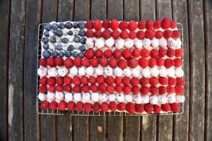 b6c3b2196493250a_american-flag-cake_1_