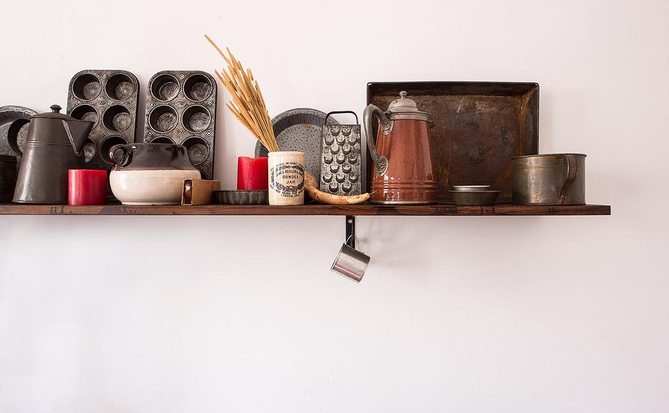 shelf-3044042_960_720